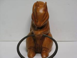 sculpture d'un écureuil