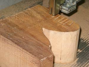 Découpe scie à ruban