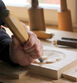 image de Photos des cours de sculpture sur bois à Toulouse