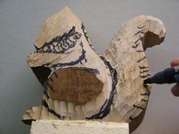 image de Tutoriel d'un écureuil sculptée. 5/11