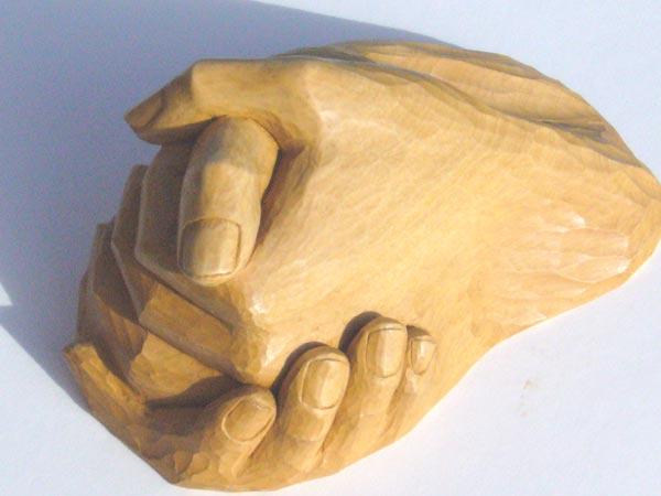 sculpture d 39 une main par fabienne h t. Black Bedroom Furniture Sets. Home Design Ideas