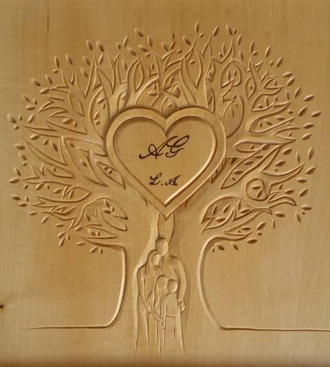 Offrir une sculpture sur bois pour un cadeau de mariage ou des noces de bois - Idee cadeau noce de bois ...