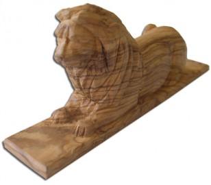 image de Sculpture de lions en bois