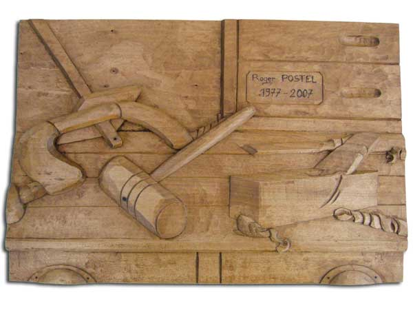 sculpture bas relief d 39 un tableau pour un menuisier par. Black Bedroom Furniture Sets. Home Design Ideas