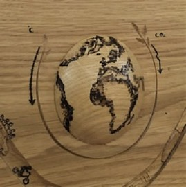 image de Trophee en bois sculpté